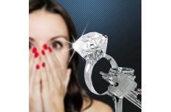 Diamond keyring
